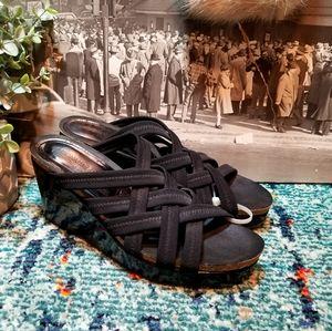 Donald J. Pliner Wedge Sandal size 8